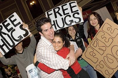 Ronit giving free hugs