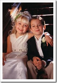 Kids in wedding photo