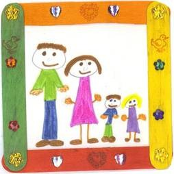 Children's drawling of a family
