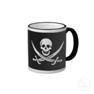 Mug with a skull and crossed swords