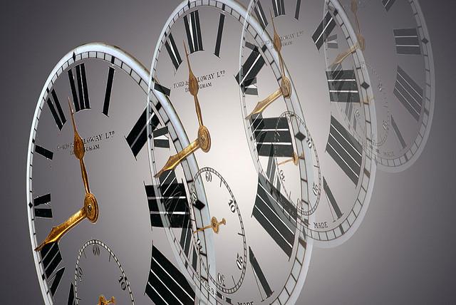 Series of clocks getting fainter