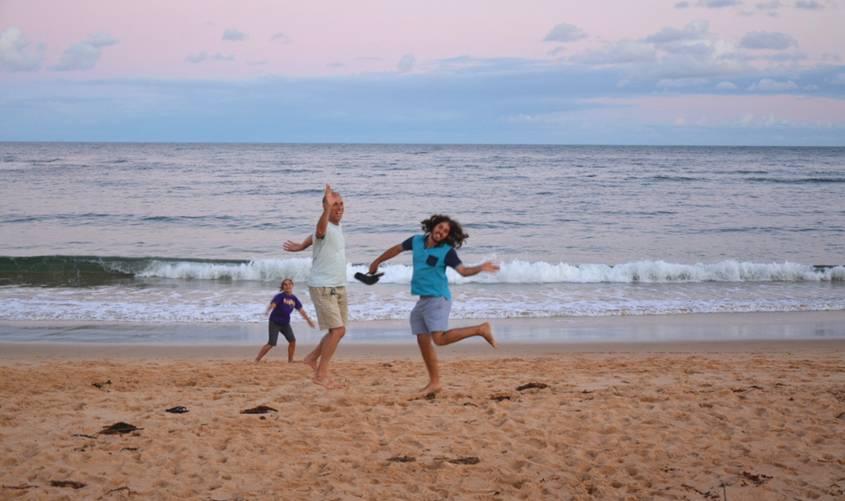 Gal, Tsoof and Noff hosting around on the beach