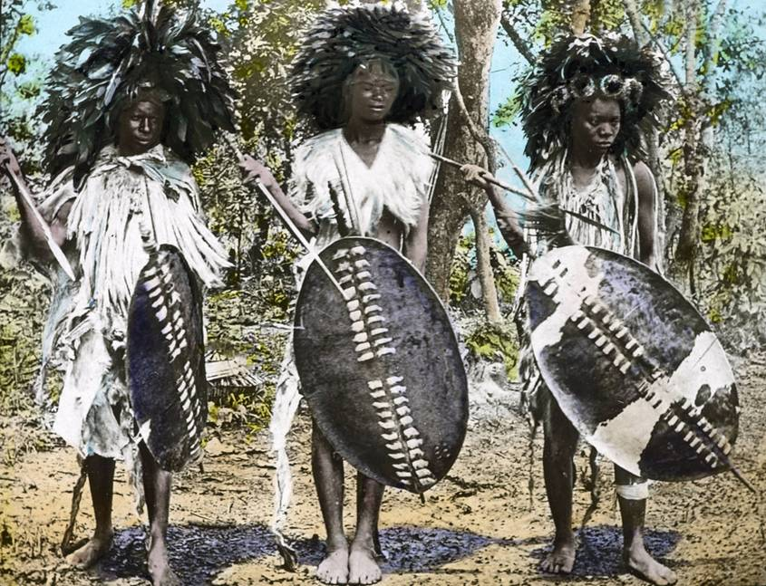 3 African warriers living in nature